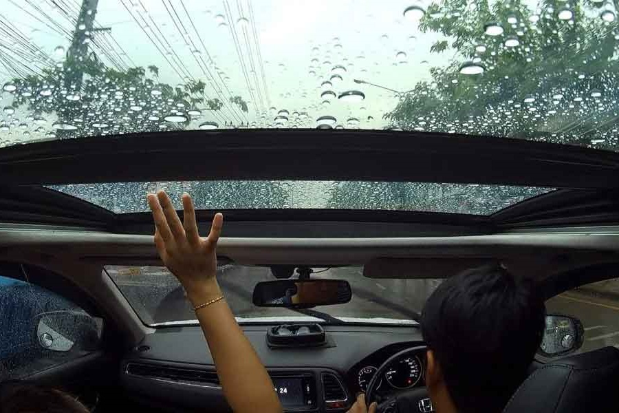How to fix a leaky sunroof How to seal sunroof