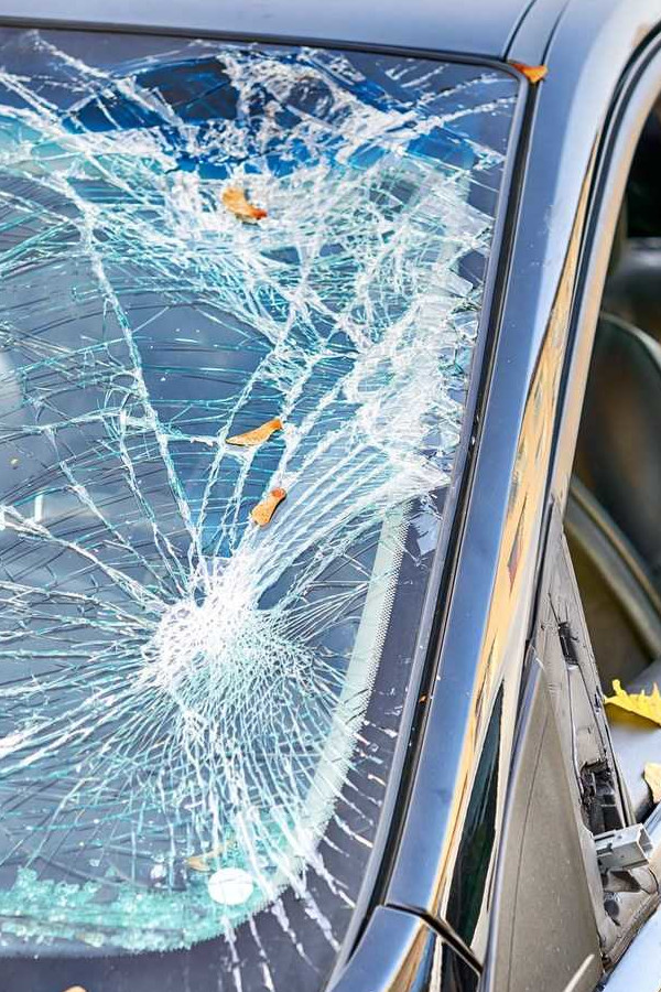 windscreen Replacement Cost in London Uk