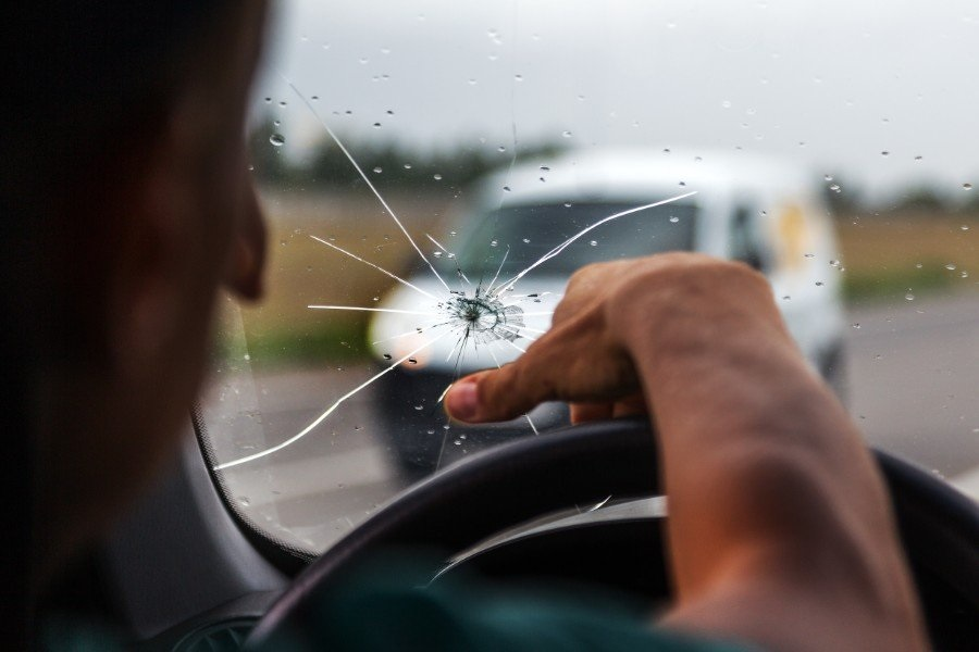 Are all Windscreen Stone Chips Repairable windscreen replacement in london