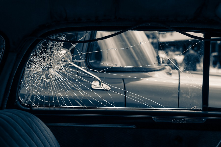 car side window replacement in london
